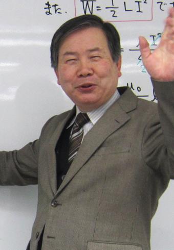 塚崎 秀顕(つかざき ひであき)